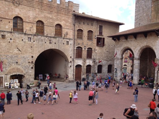 Borgo Tollena: San Gimignano