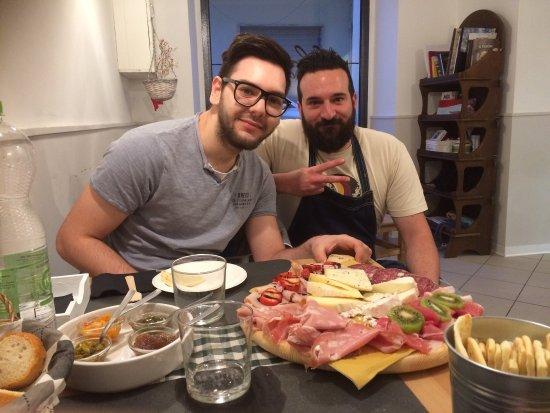 Montelparo, Italien: Tanta bontà immersa in un paesino caratteristico delle Marche