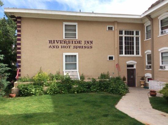 Riverside Hot Springs Inn: Historical Inn that several former presidents stayed in.