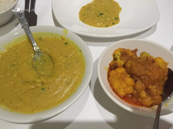Megna Tandoori Indian Restaurant: photo2.jpg