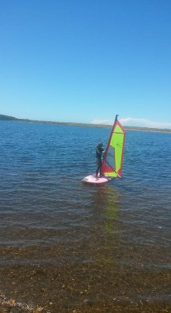 Floras Lake Windsurfing & Kiteboarding : Heading back to shore from across the lake.