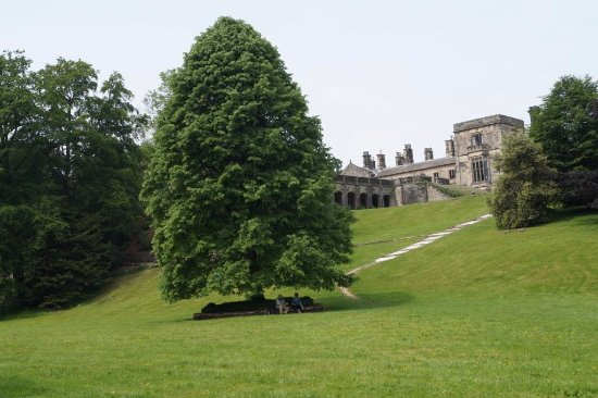 Bentley Brook Inn: Ilam Hall from the banks of River Manifold