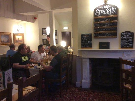 Wool, UK: Restaurant