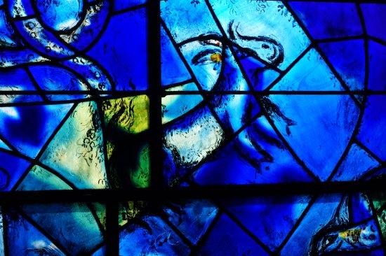 Detail van de glas-in-lood-ramen - Billede af Marc Chagall ... Chagall Glas In Lood