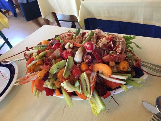 Ottimo bagno e ottimo ristorante recensioni su rossella viareggio tripadvisor - Bagno maurizio viareggio ...