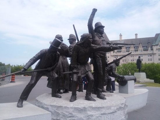 Ottawa, Canada: One of the statues
