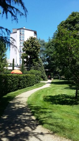 Hotel Garden Terme: Veduta laterale dell'Hotel