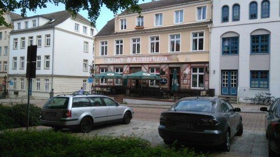 Kolsch Und Altbierhaus