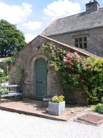 Low Hall Country House Accommodation