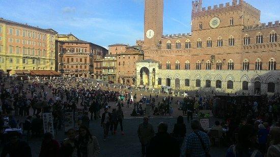 Siena, Italië: P_20160507_181513_large.jpg