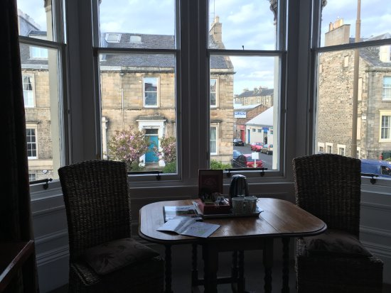 Balmoral Guesthouse: The view from our room. Plenty of room to sit with a cup of tea and talk over the day's events