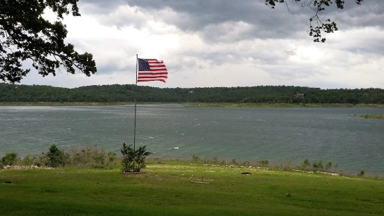 Waterfront Resort : Fly Old Glory, Fly.