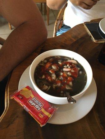 Playa Matapalo, คอสตาริกา: Camarones con arroz, ceviche vuelve a la vida