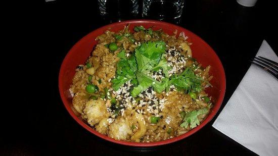 restaurant le dragon wok dans paris avec cuisine chinoise. Black Bedroom Furniture Sets. Home Design Ideas