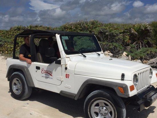 Ernesto's Rental: Great jeep rental!