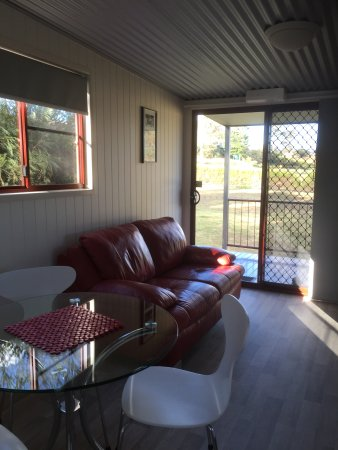 Killarney View Cabins and Caravan Park : One Bedroom Cabin