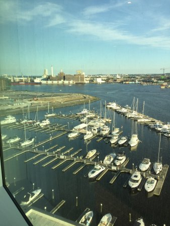 Four Seasons Baltimore: photo0.jpg
