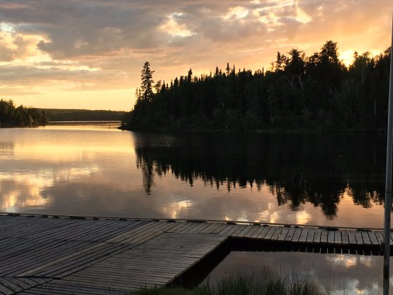 Flin Flon, Canadá: Early morning on the dock