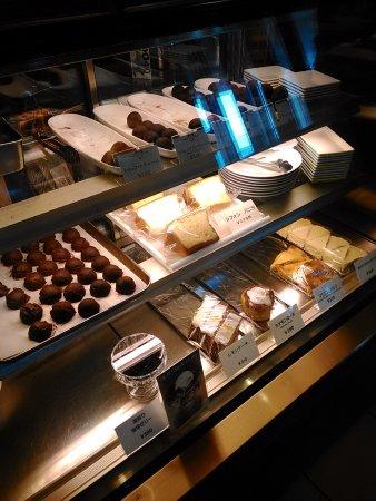 Mobara, Japan: ショーケースにはチョコレートが。