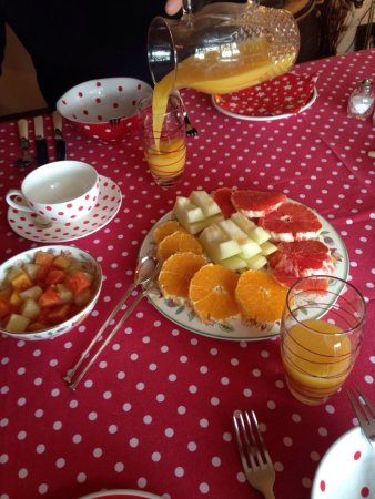Little Orchard Bed and Breakfast: photo0.jpg