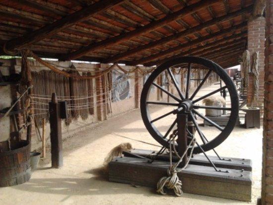 Carmagnola, Itália: produzione della corda
