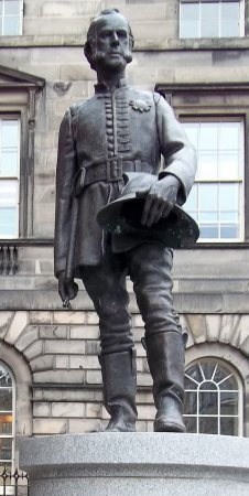 Statue James Braidwood