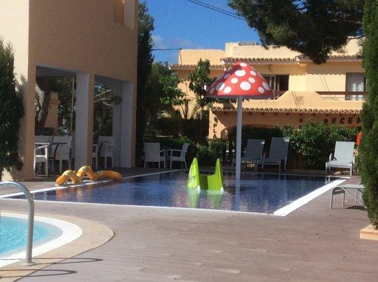 Apartamentos Playa Ferrera Photo