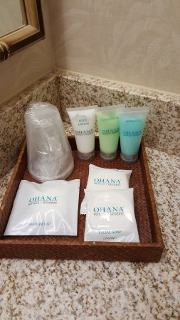 Ohana Waikiki Malia: Bathroom