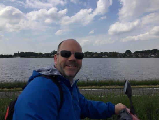 Landsmeer, Países Bajos: Beside the water