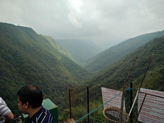 Cherrapunjee, India: vally