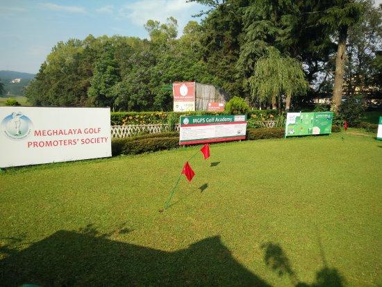 Golf Links: Entry