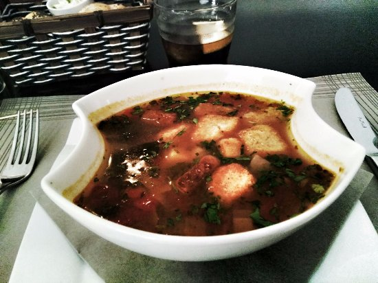 El Gusto: Minestrone soup