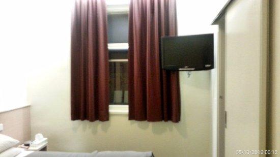 Miami Hotel Melbourne: Room