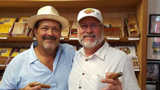 Havana Bob's Cuban Cigars: 20160617_152943_large.jpg