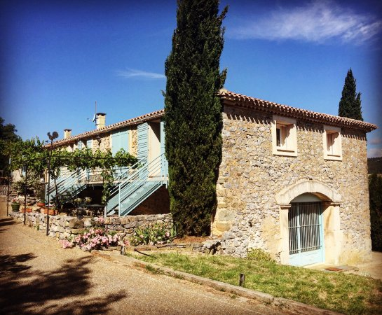 Domaine de Creva Tinas : The property