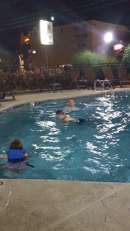 Bearskin Lodge on the River Hotel: 20160613_213957_large.jpg