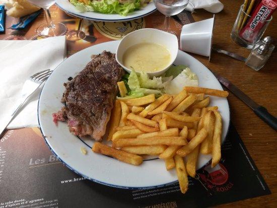 Hermanville-sur-mer, France : Faux-filet sauce camenbert