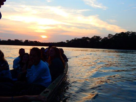 Guayas Province, Ecuador: Atardecer de fantasía.