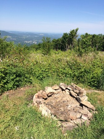 Harmon Hill: Fire pit at the top