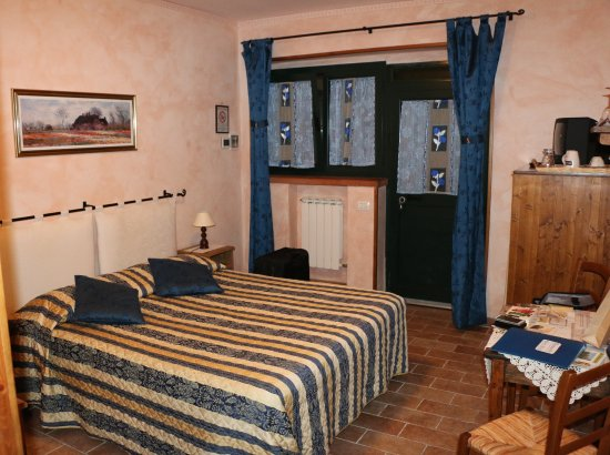 Montechiari in Chianti: Schlafzimmer& Eingangsbereich