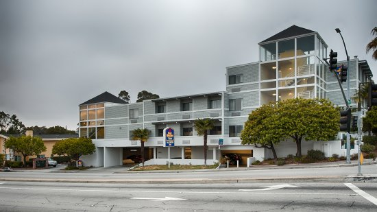 Photo of BEST WESTERN PLUS All Suites Inn Santa Cruz