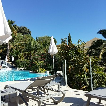 Hotel Royal Cottage: Oasis de verdure