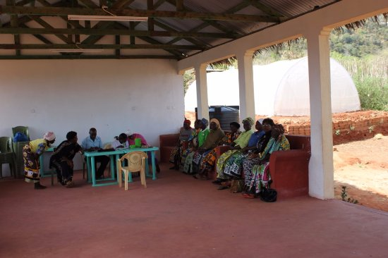 Coast Province, Kenya: Volunteer by teaching women small businesses