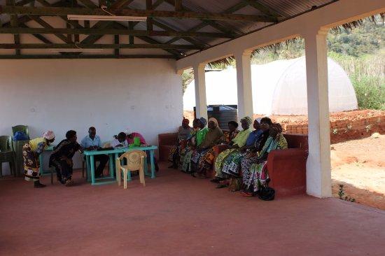Provincia de la Costa, Kenia: Volunteer by teaching women small businesses