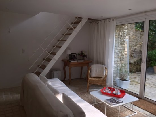 Saint-Georges-sur-Cher, فرنسا: piano terra