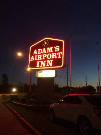 Adam's Airport Inn: photo0.jpg