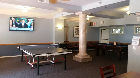 Tamarack Beach Resort and Hotel: Rec Room
