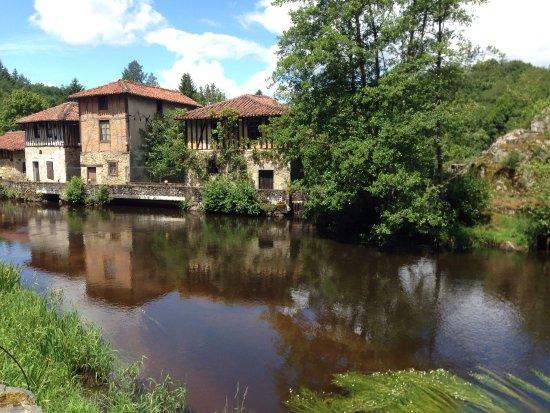 Saint-Leonard-de-Noblat, Prancis: Vue du gîte