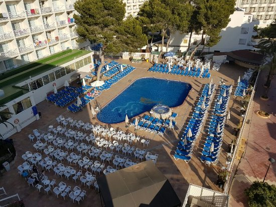 azuLine Hotel Coral Beach: 20160615_192443_large.jpg