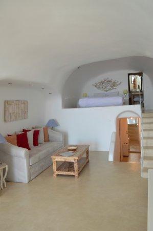 Iliovasilema Suites Photo